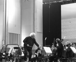 Simon Rattle, London Symphony Orchestra   București, 2021